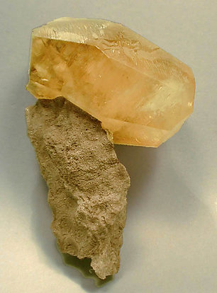 Doubly terminated Calcite.