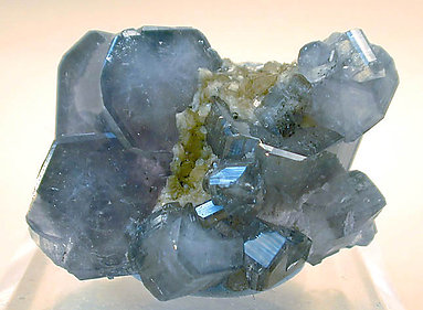 Fluorapatite with Siderite.