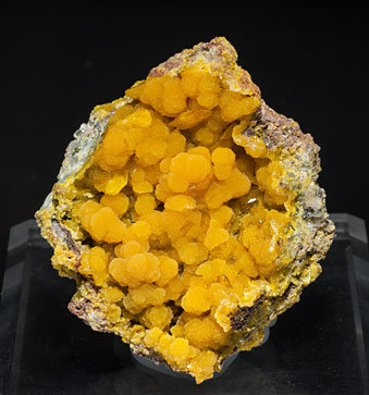 Mimetite with Wulfenite.