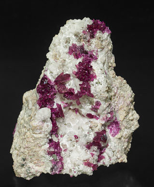 Mg-rich Roselite on Calcite.