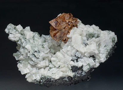 Genthelvite with Magnetite, Quartz, Fluorite, Arsenopyrite, Calcite-Dolomite. Side