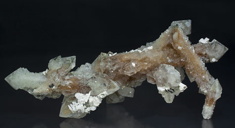 Quartz with inclusions, Magnetite and Calcite. Side