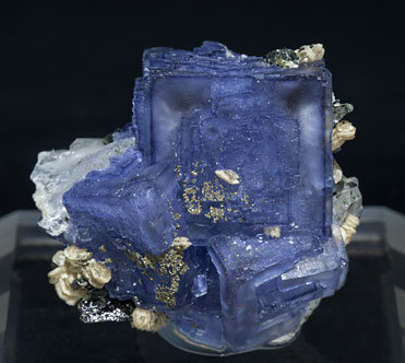 Fluorite with Muscovite, Siderite and Pyrite.