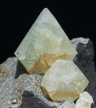 Wardite with Childrenite.