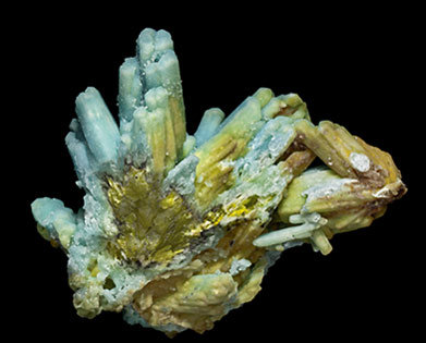Pyromorphite and Plumbogummite. Rear