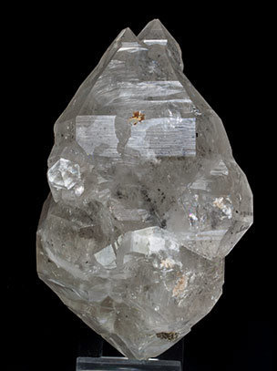 Doubly terminated Quartz with hydrocarbon inclusions and Baryte.