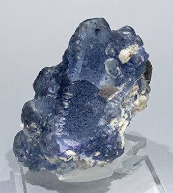 Octahedral Fluorite with Microcline. Side