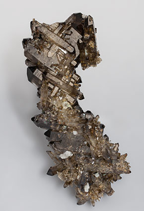 Quartz (variety smoky quartz).