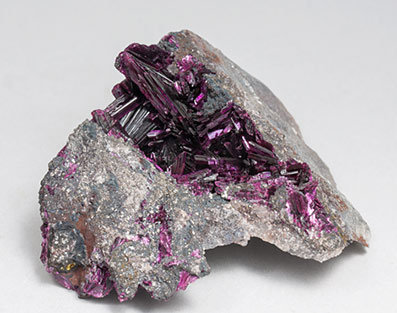 Erythrite with Phlogopite. Front