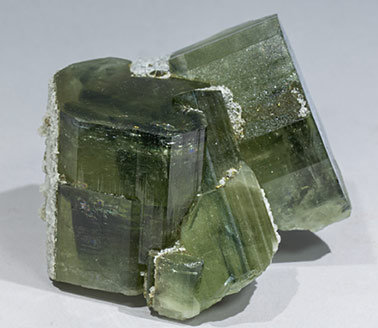 Fluorapatite with Calcite, Quartz and Muscovite. Front