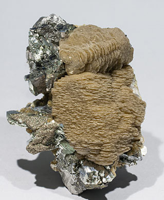 Siderite with Arsenopyrite, Pyrite and Muscovite. Side