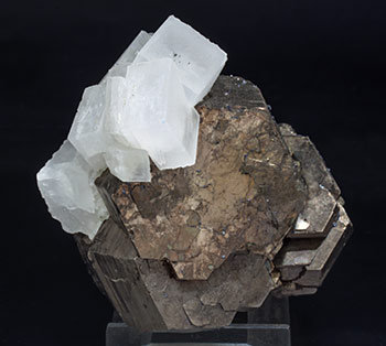 Pyrrhotite with Calcite and Quartz. Top
