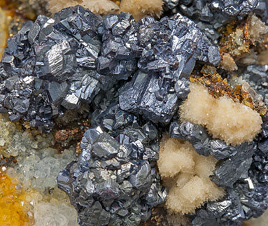 Pyrargyrite with Calcite and Quartz.