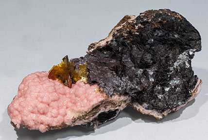 Shigaite with Rhodochrosite and Siderite.
