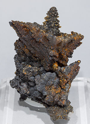 Willemite after Descloizite and Mimetite.
