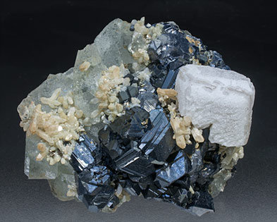 Calcite with Sphalerite, Fluorite and Quartz. Front