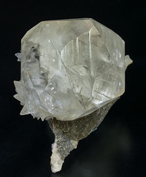 Calcite with Dolomite. Side