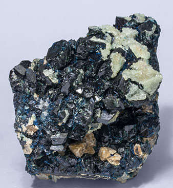 Lazulite with Augelite, Siderite and Quartz.
