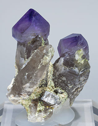 Quartz (variety amethyst) with Quartz (variety smoky). Rear