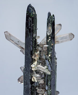 Aegirine with Quartz.