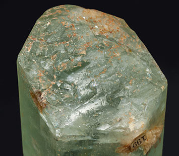 Beryl (variety aquamarine). Bottom