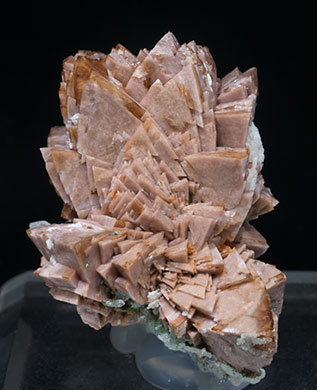 Genthelvite with Quartz and Calcite. Front