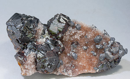 Sphalerite with Galena and Quartz. Front