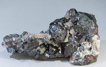 Sphalerite with Galena and Quartz. Rear