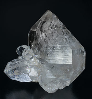 Quartz with Hydrocarbon inclusions. Rear