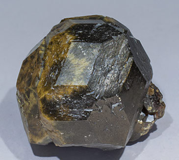 Andradite. Side