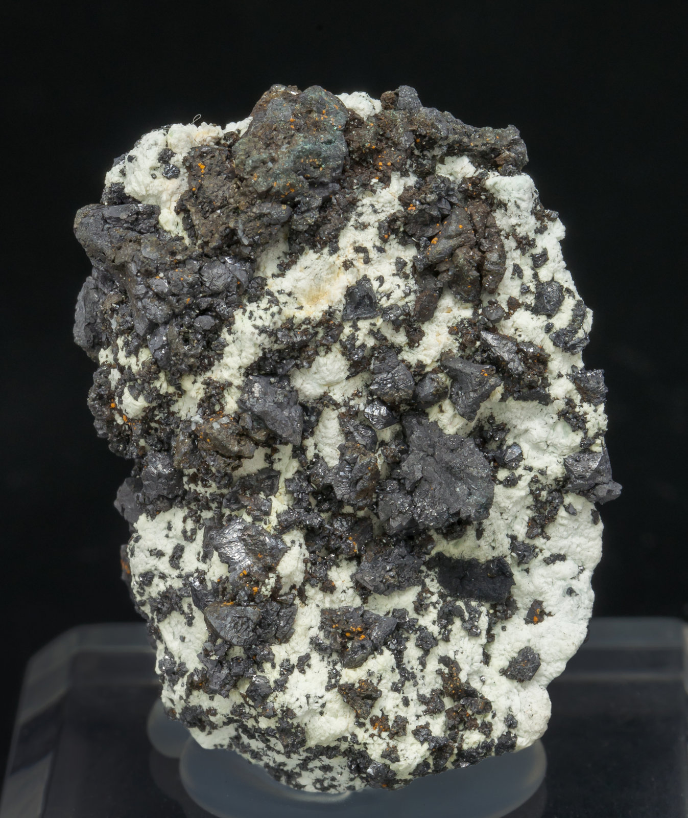 specimens/s_imagesAE3/Villamaninite-NE11AE3f.jpg