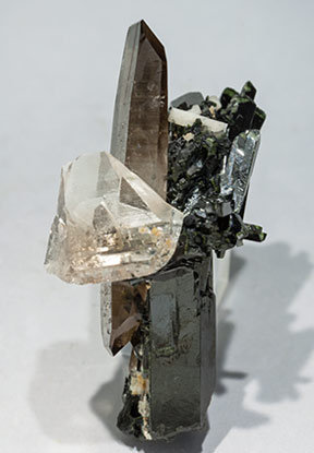 Aegirine with Quartz (variety smoky)  and Feldspar. Side
