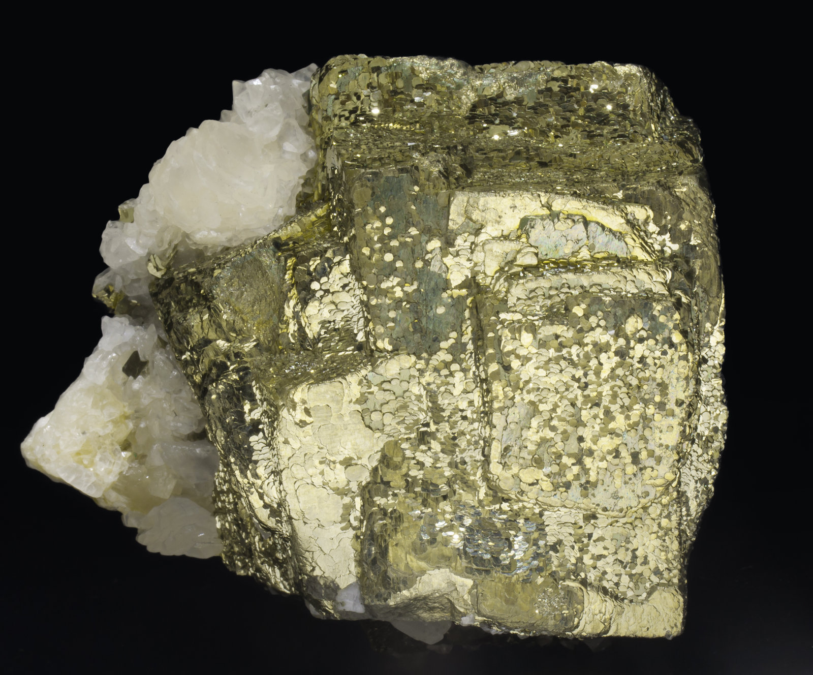 specimens/s_imagesAE5/Pyrite-EY98AE5s.jpg