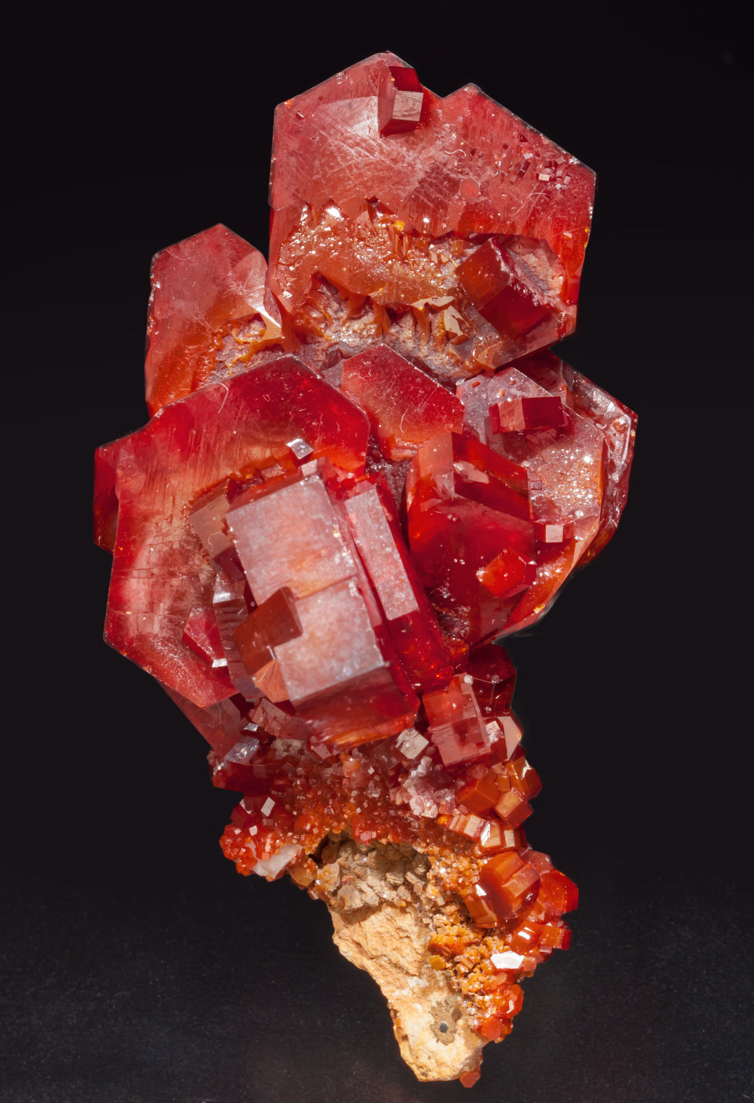 specimens/s_imagesAE5/Vanadinite-EK94AE5f.jpg
