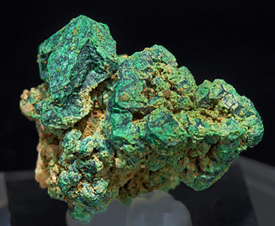 Malachite after Cuprite. Side