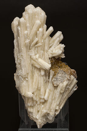 Aragonite (variety tarnowitzite) with Smithsonite.