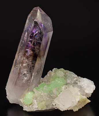 Quartz (variety amethyst) with Prehnite, Quartz and Calcite. Front