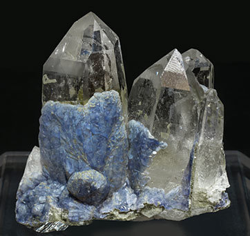 Fluorite on Topaz with Quartz and Arsenopyrite. Front