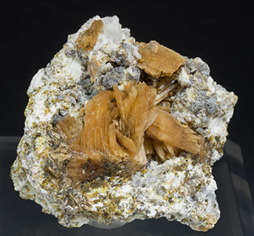 Roweite with Andradite. Front