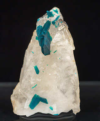 Veszelyite with Quartz.