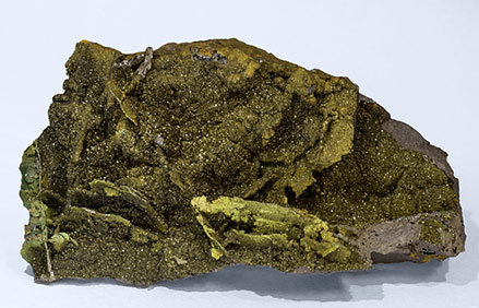 Corkite on Plumbogummite.