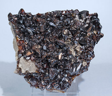 Sphalerite with Calcite.