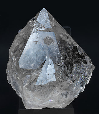 Quartz with inclusions. Front