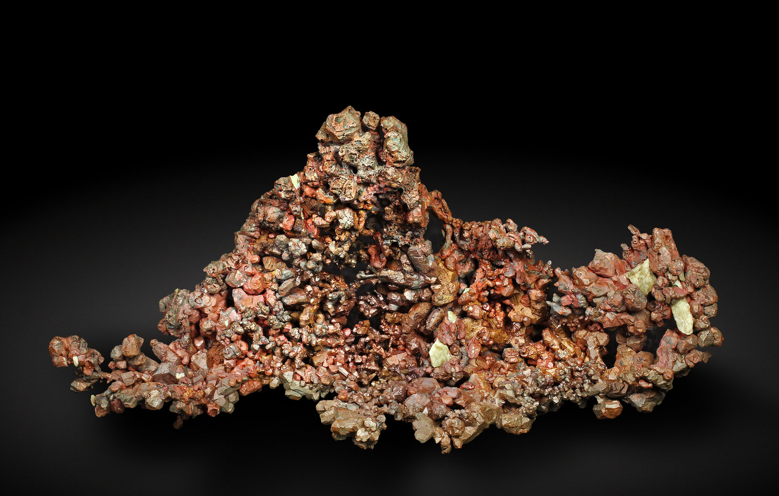 specimens/s_imagesAH3/Copper-MP7AH3_2689_f.jpg