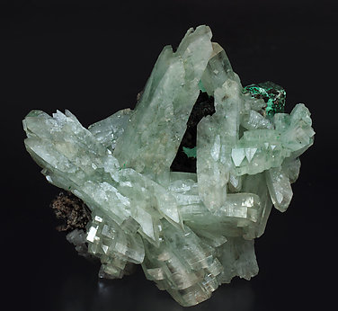 Baryte with Malachite.