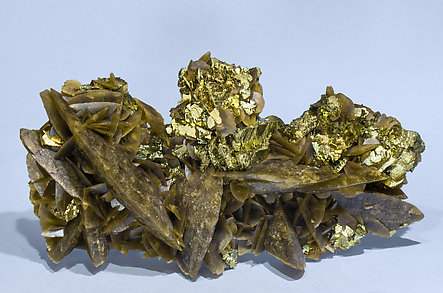 Chalcopyrite with Siderite.
