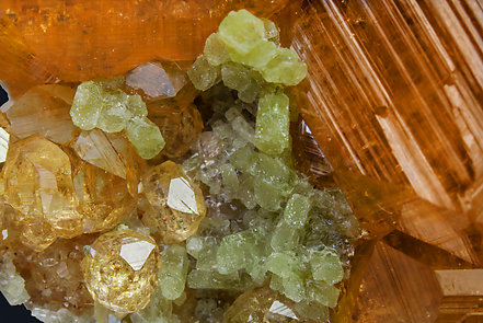 Grossular (variety hessonite) with Diopside.