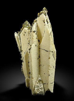 Baryte with Chalcopyrite. Front