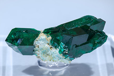 Dioptase with Plancheite. Front