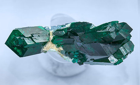 Dioptase with Plancheite. Top
